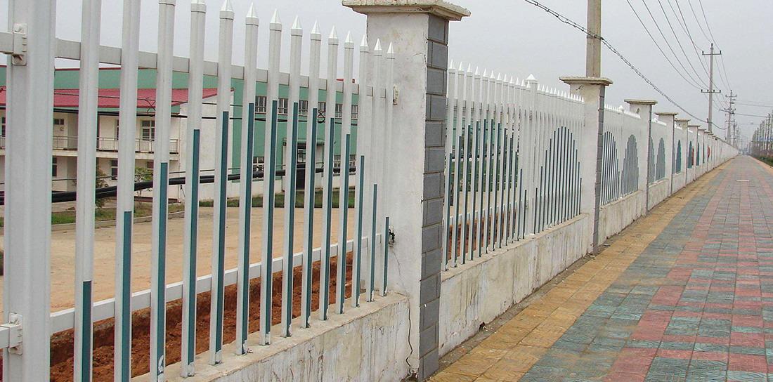 宗达PVC塑钢护栏工程案例