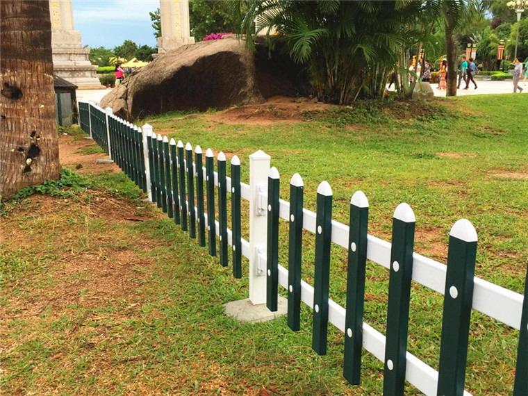 宗达草坪护栏工程案例