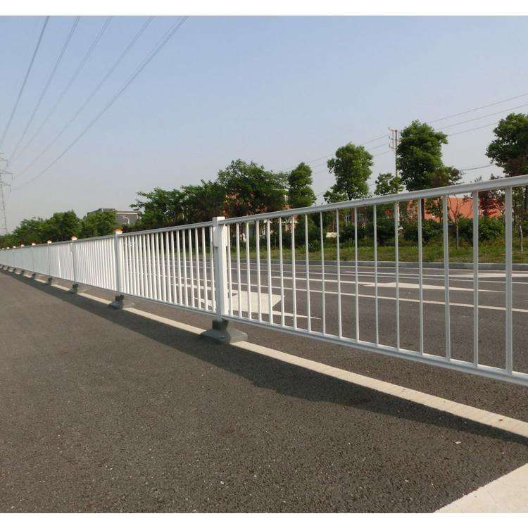 道路隔离护栏
