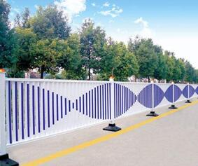 道路护栏.jpg