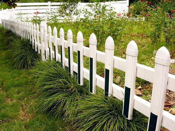 PVC园林护栏