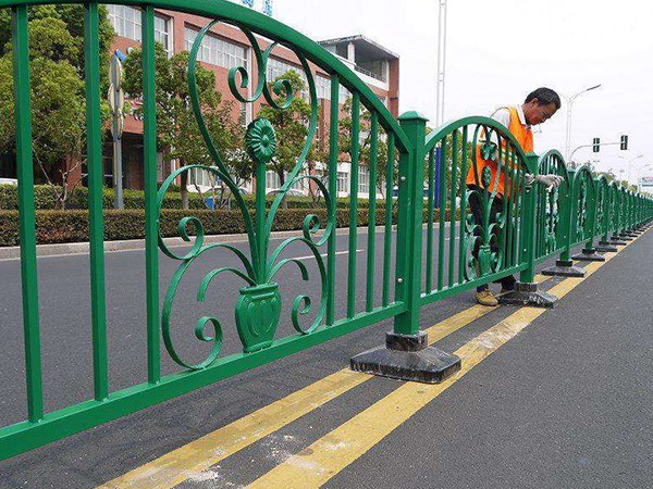 铁艺道路护栏